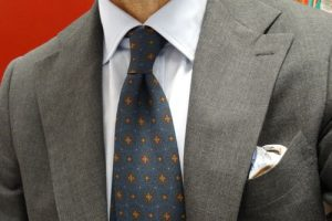 how to choose a pocket square